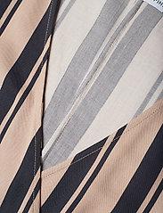 Camilla Pihl - Hug - lyhythihaiset puserot - navy/sand stripe - 2