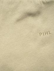 Camilla Pihl - Roxana Sweat Trouser - sweatpants - green melange - 4