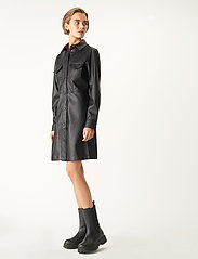 Carin Wester - Lucy PU - alledaagse jurken - black - 0