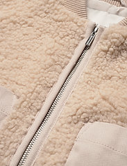 Carin Wester - Row - faux fur - offwhite - 5