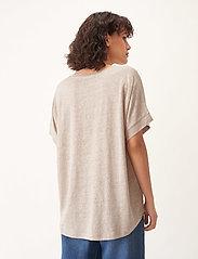 Carin Wester - Sense linen - t-shirts - beige - 3