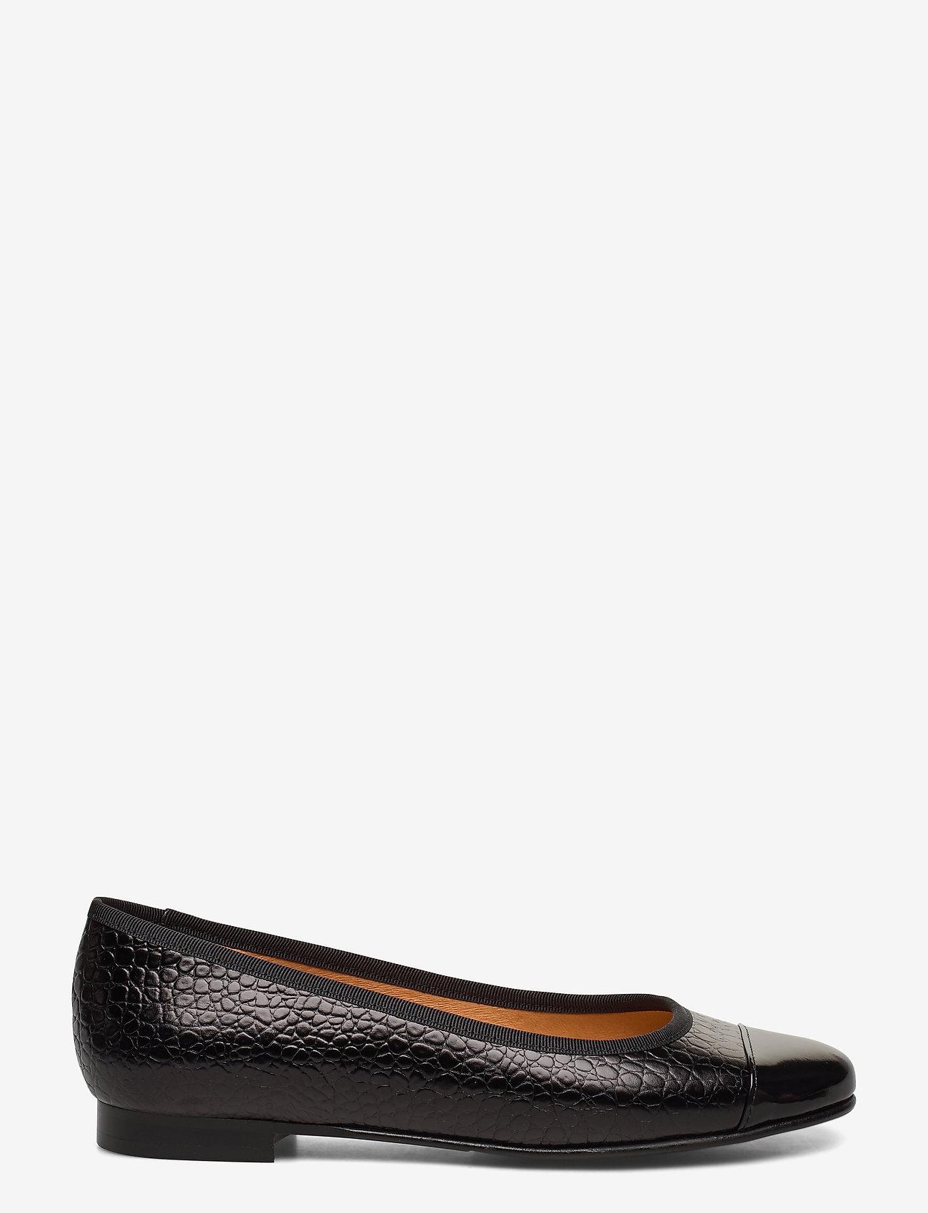 Carla F - Shoes 18811 - ballerinat - black patent/black yango 210