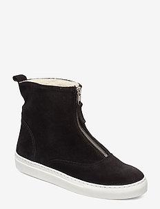 SHOES - flate ankelstøvletter - black suede/white sole 50