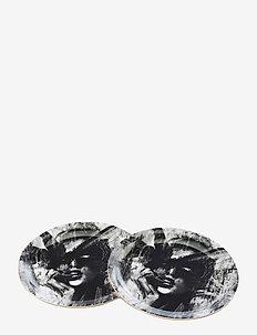 Glass Coaster Looking for you - bordbrikker, glassunderlag & bordskånere - black/white