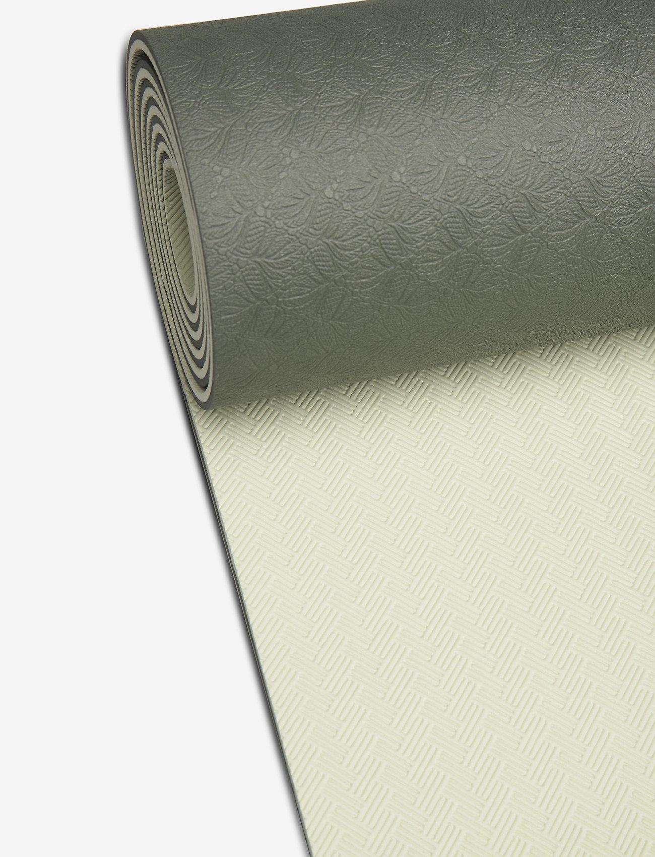 Casall - Yoga mat position 4mm - yogamatten en -accessoires - calming green - 1