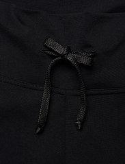 Casall - Plow pants - spodnie treningowe - black - 2