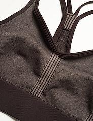 Casall - Seamless sports top - biustonosze sportowe: wysokie - berlin brown - 2