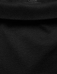 Casall - Seamless Rib Slit Pants - spodnie treningowe - black - 2