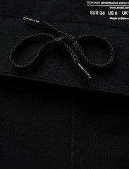 Casall - Essential 7/8 Tights - running & training tights - black - 3