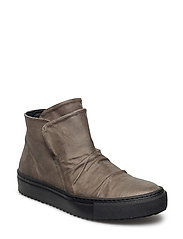 BOOTS - GREY VARESE