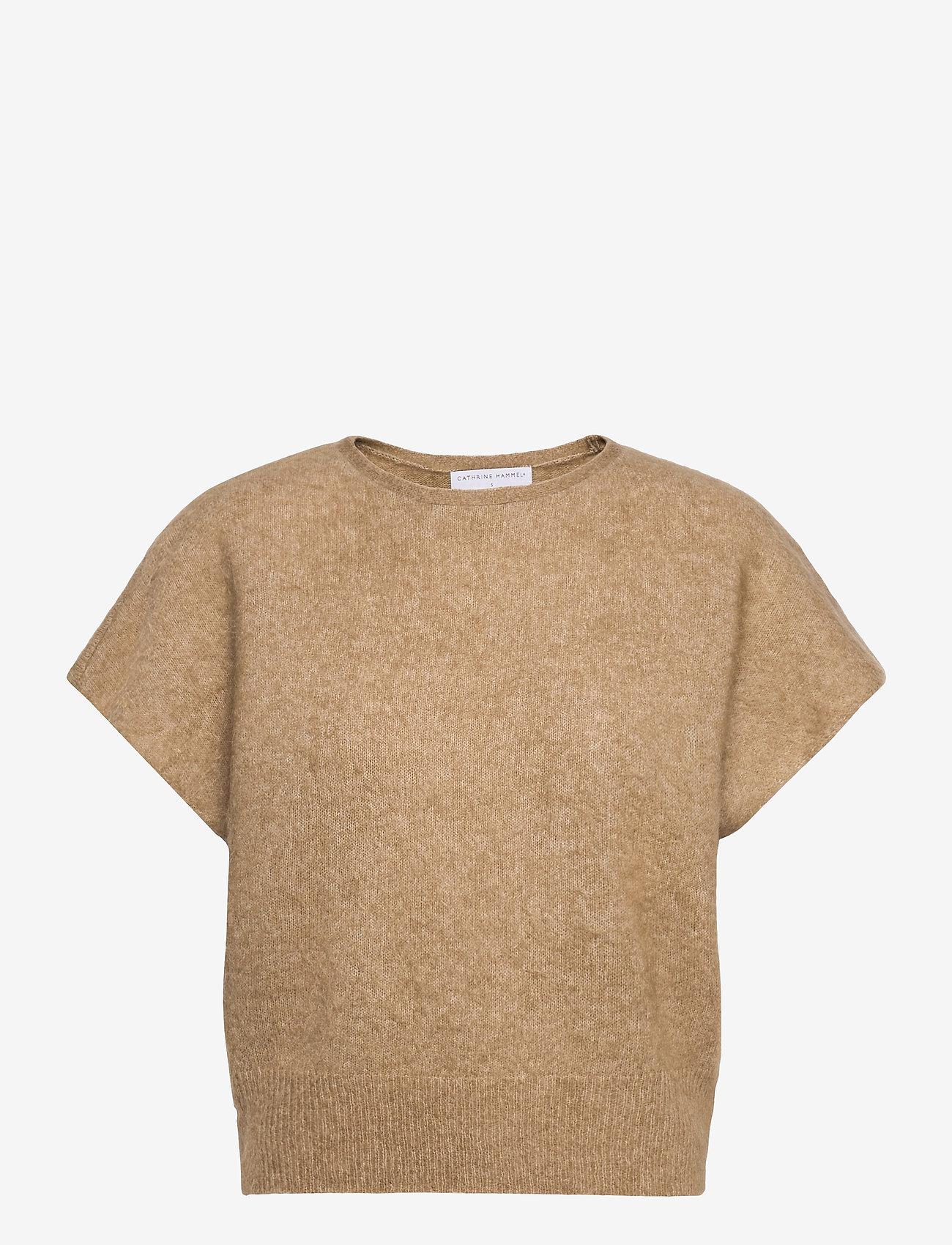 Cathrine Hammel - Soft wide sleeveless top - strikkede toppe - camel - 0