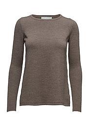 Cathrine Hammel - A-Line Sweater