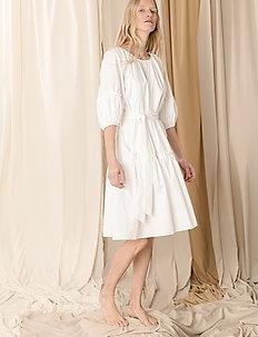 Midi short sleeve dress - koktailowe - white