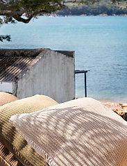 Ceannis - C/c 50x50 Seashell Crochet - housses de coussins - seashell - 7