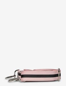 Shoulder Strap in Webbing (S) - axelremmar - black/pink