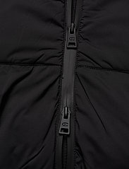 Champion - Hooded Polyfilled Jacket - parkas - black beauty - 5