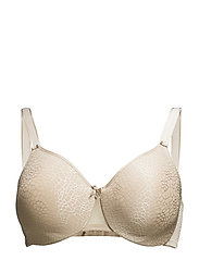 C Magnifique Very Covering Molded Bra