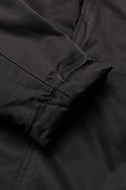 Tucked coat