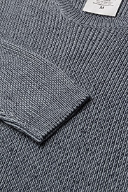 Curve knit