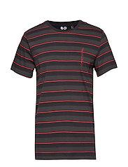 Standard stripe tee - SCARLETRED