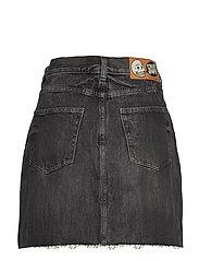 Slant Skirt Black Crinkle