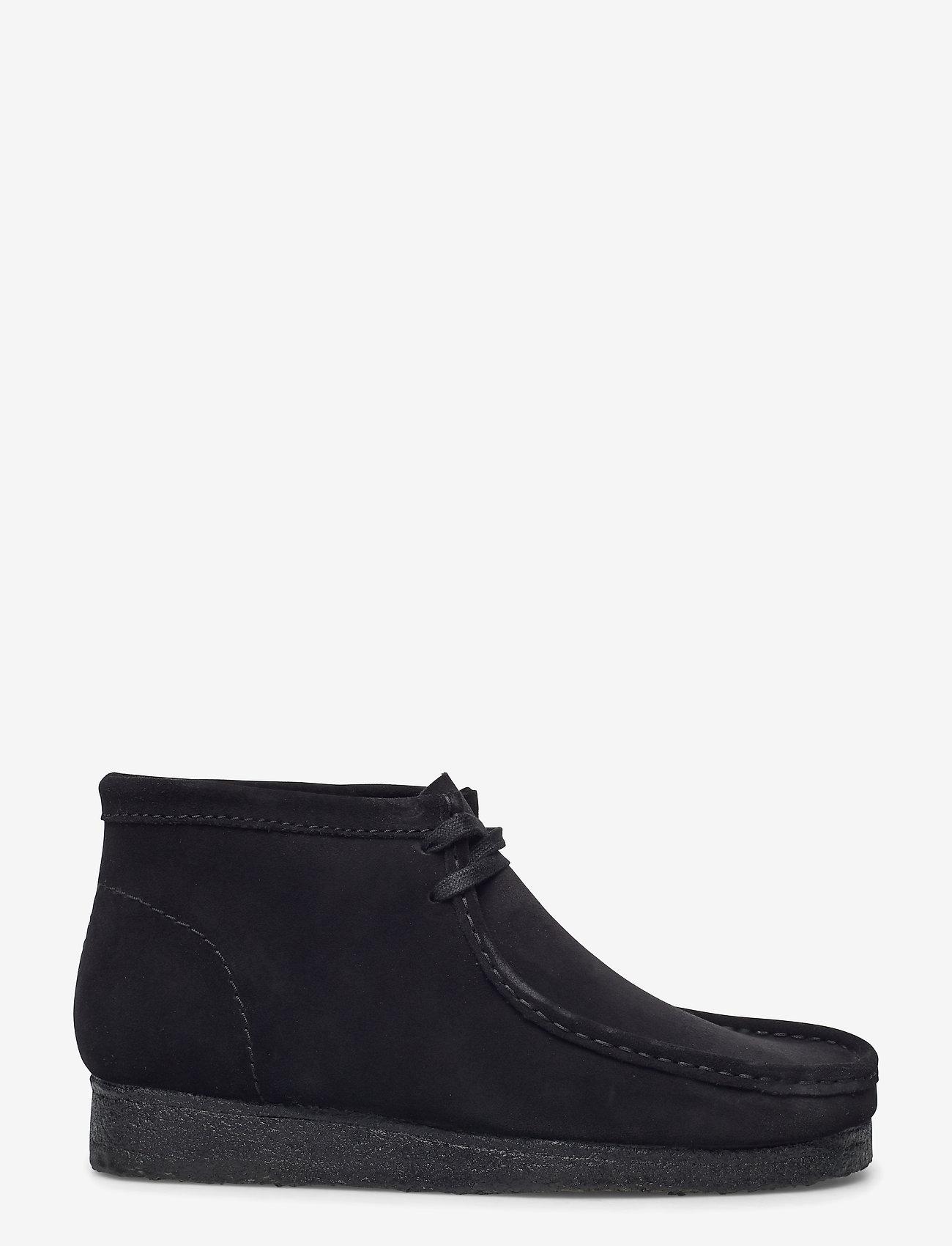 Clarks Originals - Wallabee Boot - desert boots - black sde - 1