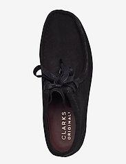 Clarks Originals - Wallabee Boot. - platta ankelboots - black sde - 3