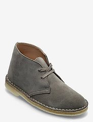 Clarks Originals - Desert Boot. - snörskor - sage suede - 0