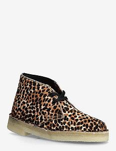 Desert Boot. - flache stiefeletten - leopard prt pony