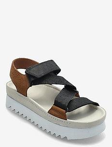 Ranger Elvtd - platta sandaler - brown combi