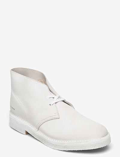 Desert Boot221 - Ökenkängor - white/white