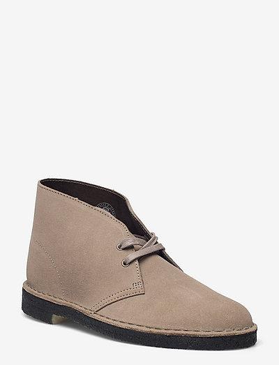 Desert Boot - Ökenkängor - grey suede