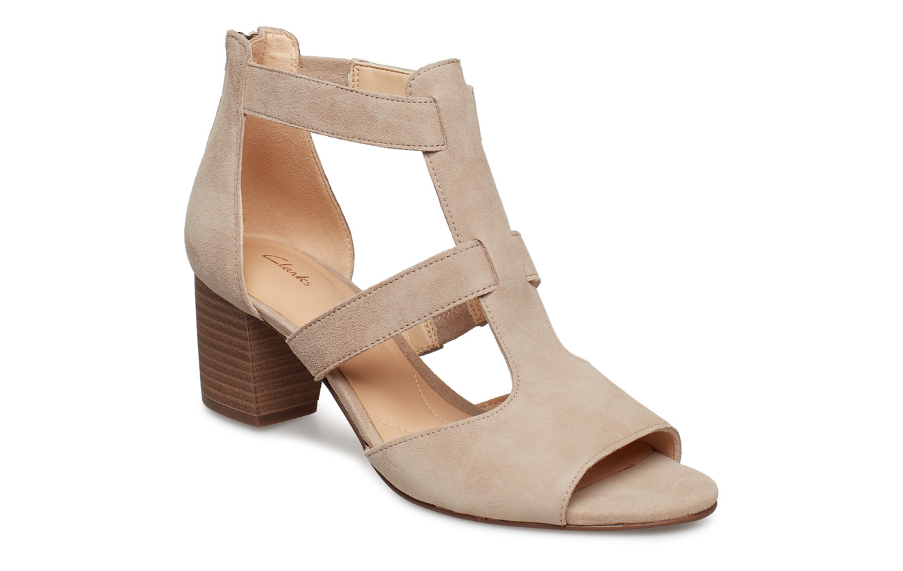 aa92c70e32 Deloria Fae (Sand Suede) (77 €) - Clarks - | Boozt.com