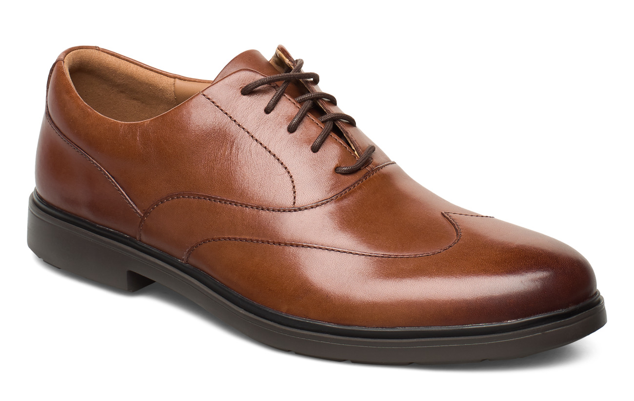 Clarks Un Tailor Wing - TAN LEATHER