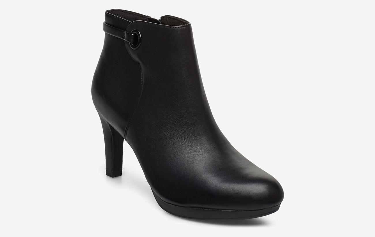Adriel Mae (Black Leather) (66