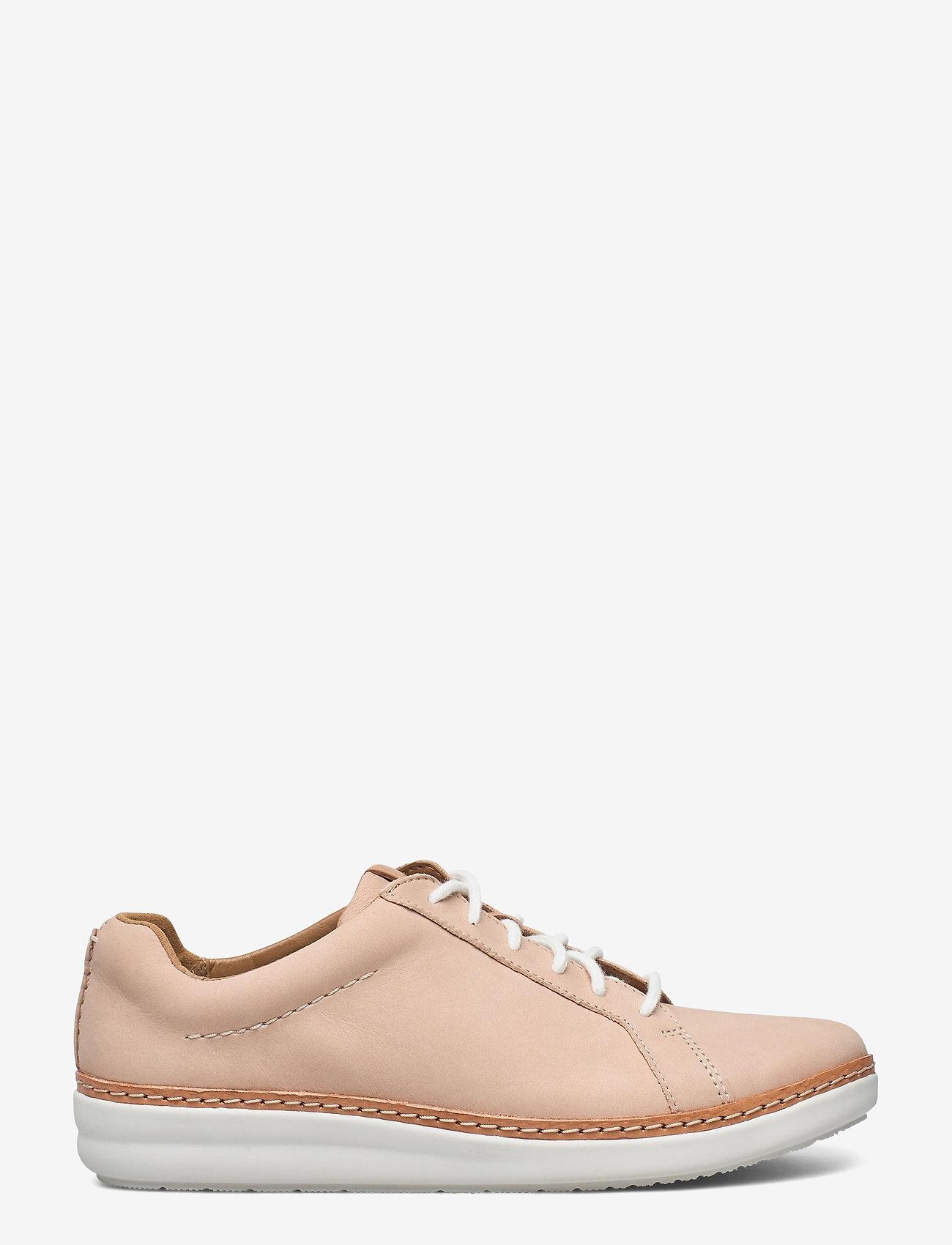 Clarks - Amberlee Rosa - lage sneakers - nude nubuck - 1