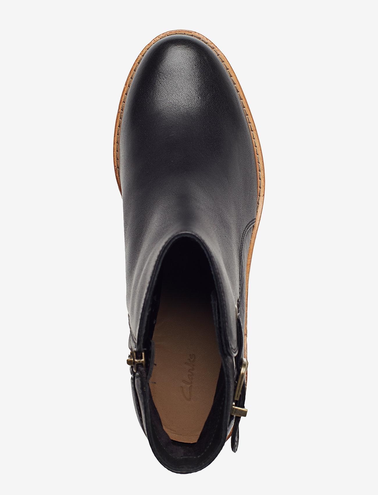 Clarkdale Jax (Black Leather) - Clarks