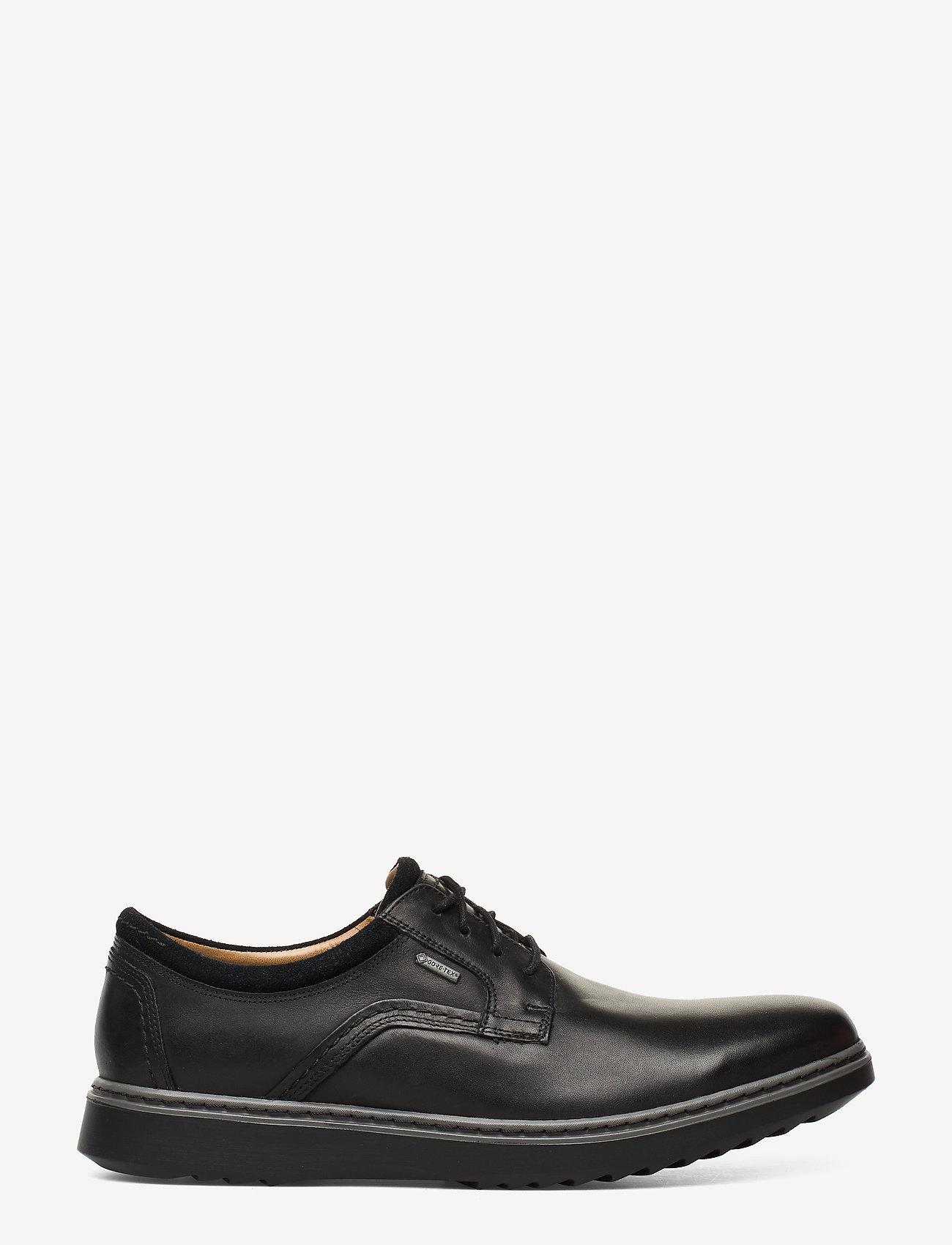 Clarks - Un Geo LaceGTX - buty ze skóry lakierowanej - black leather - 1