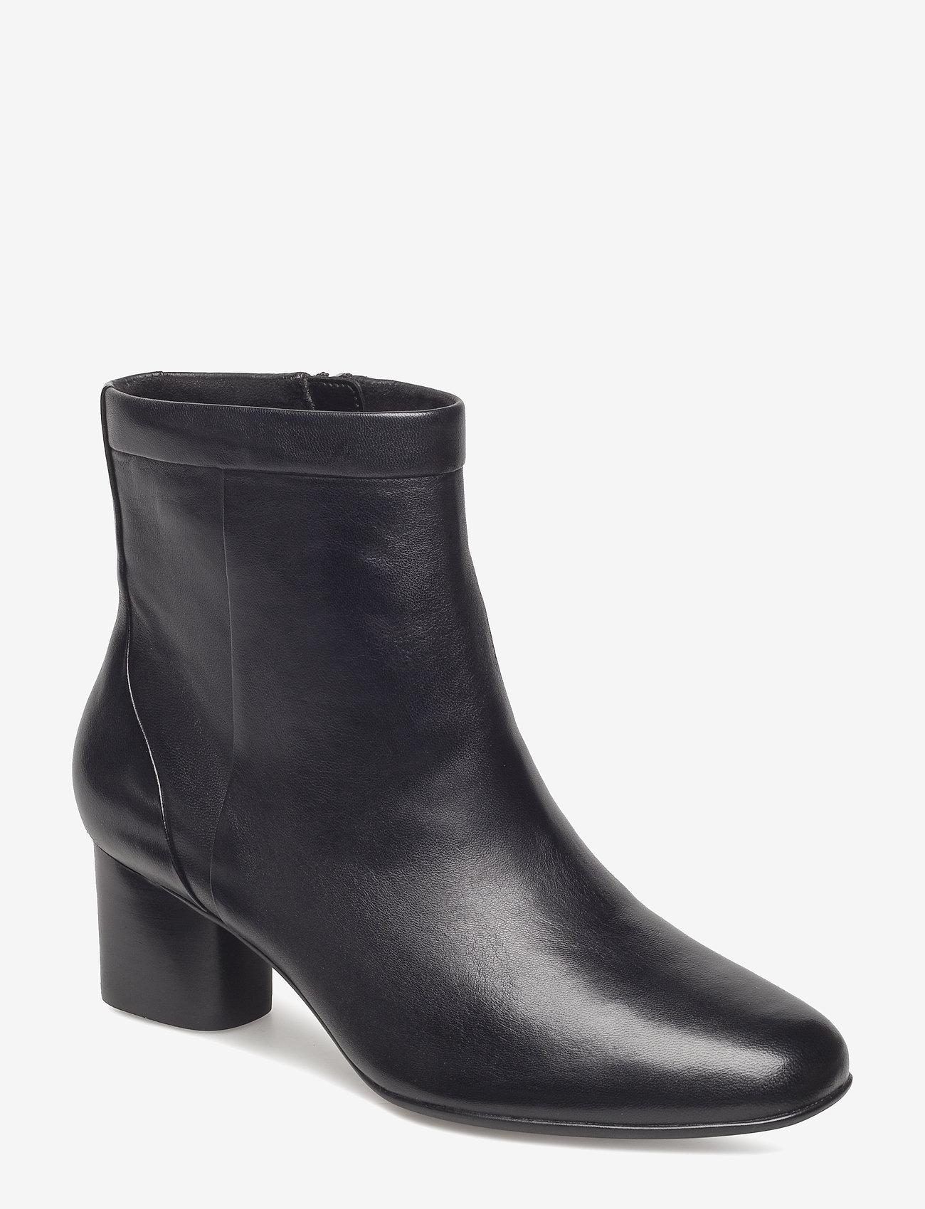 Clarks - Un Cosmo Up - ankelstøvletter med hæl - black leather - 0