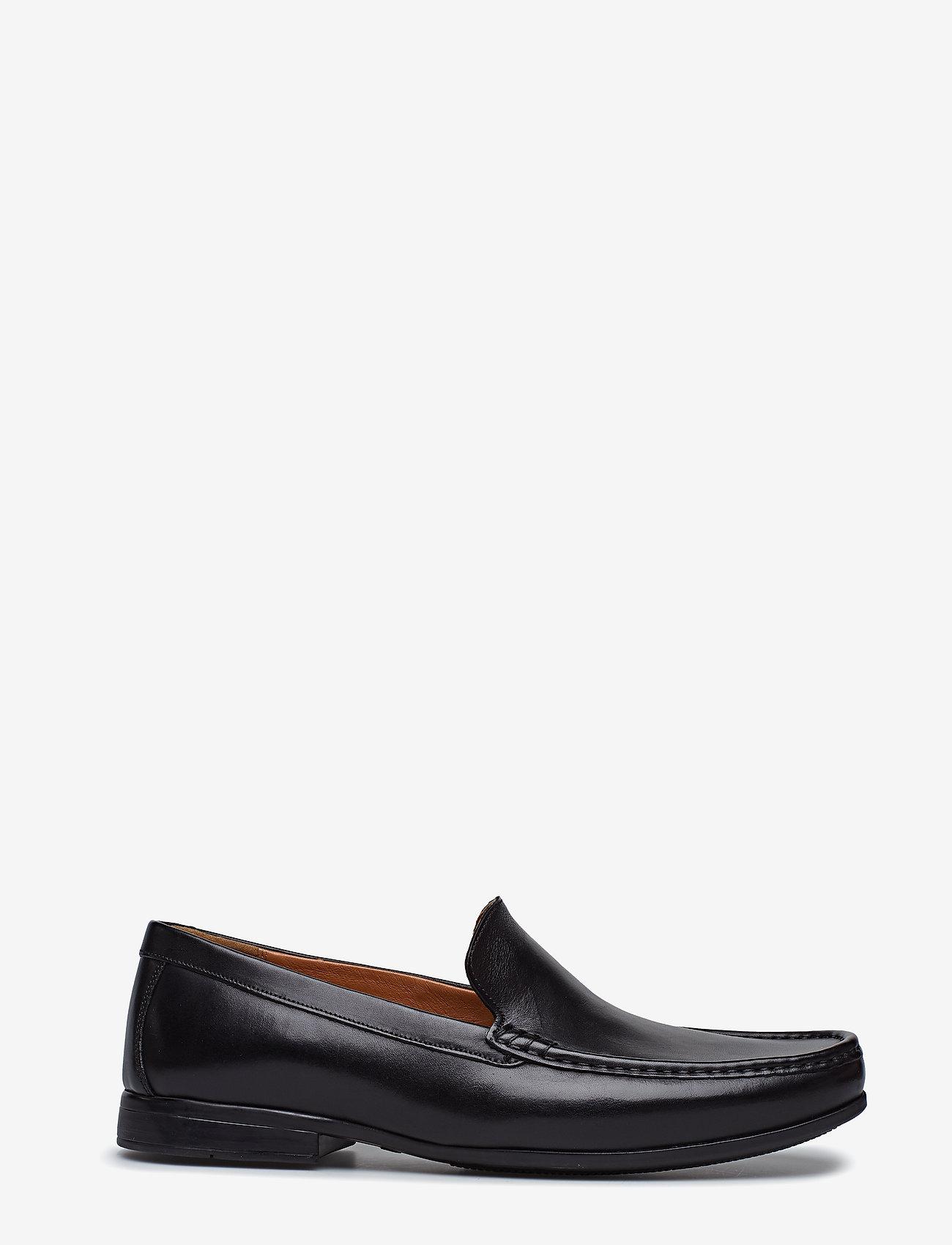 Clarks - Claude Plain - loafers - black - 1
