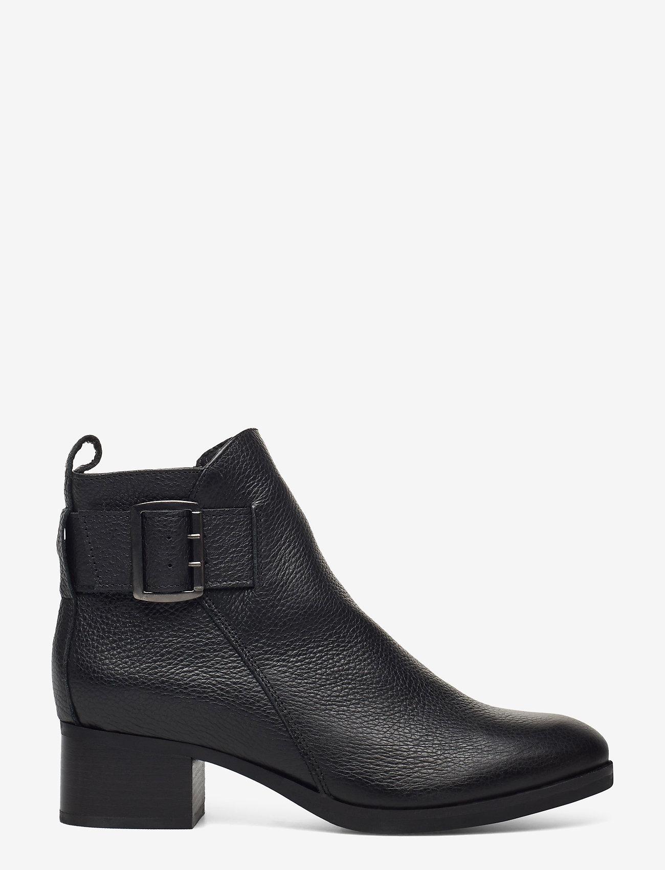 Clarks - Mila Charm - enkellaarsjes met hak - black leather - 1