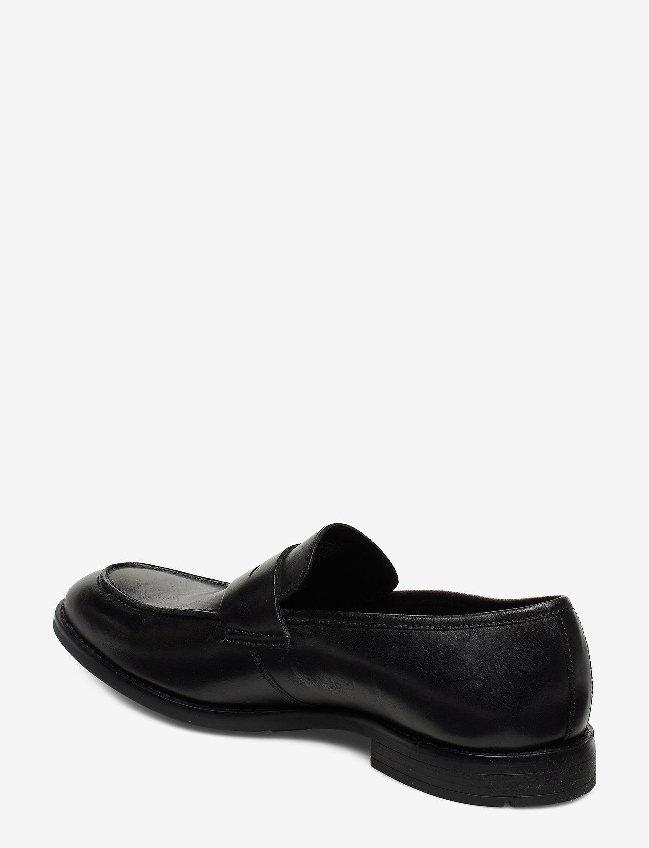 Ronnie Step (Black Leather) - Clarks