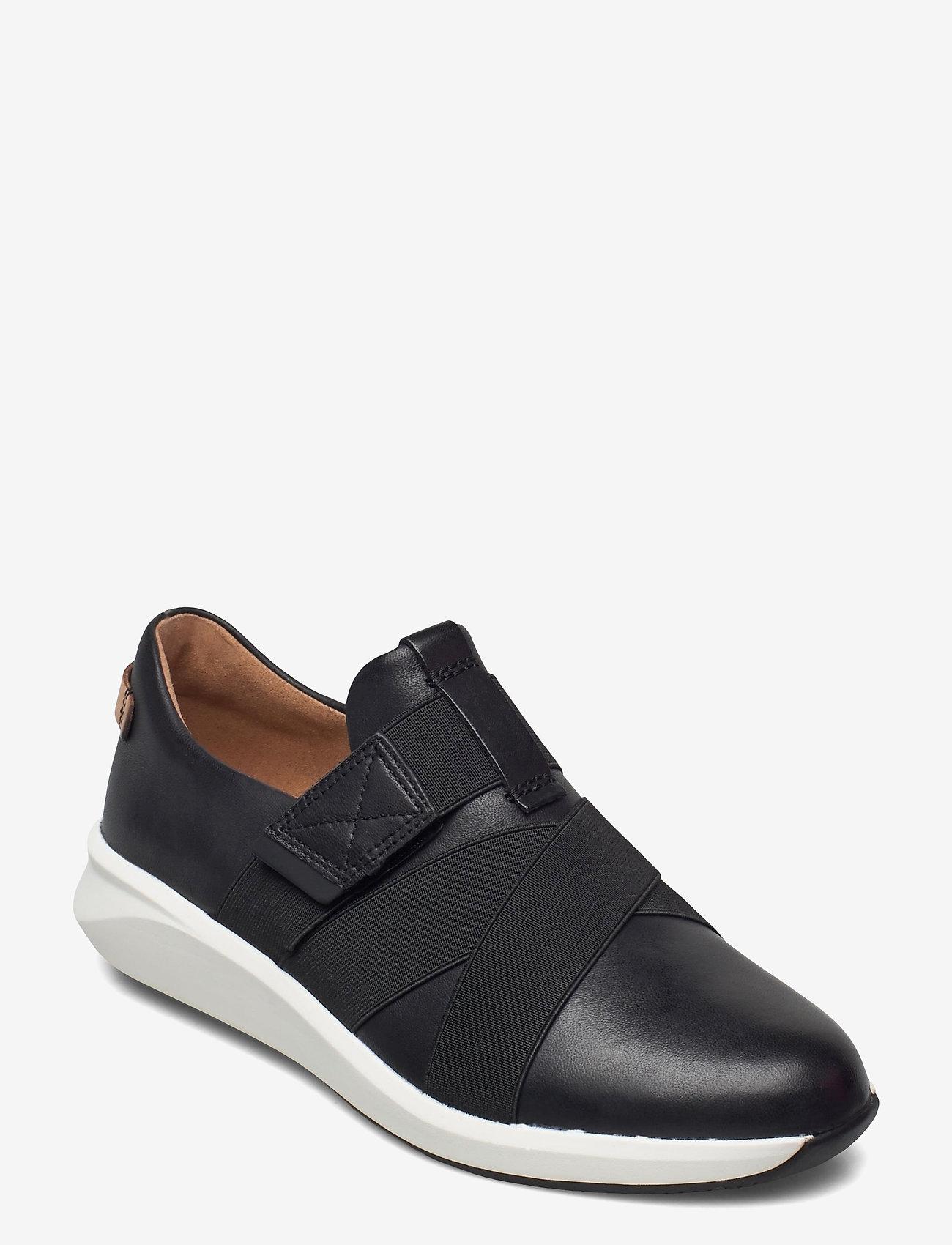 Clarks - Un Rio Strap - slip-on sneakers - black leather - 0