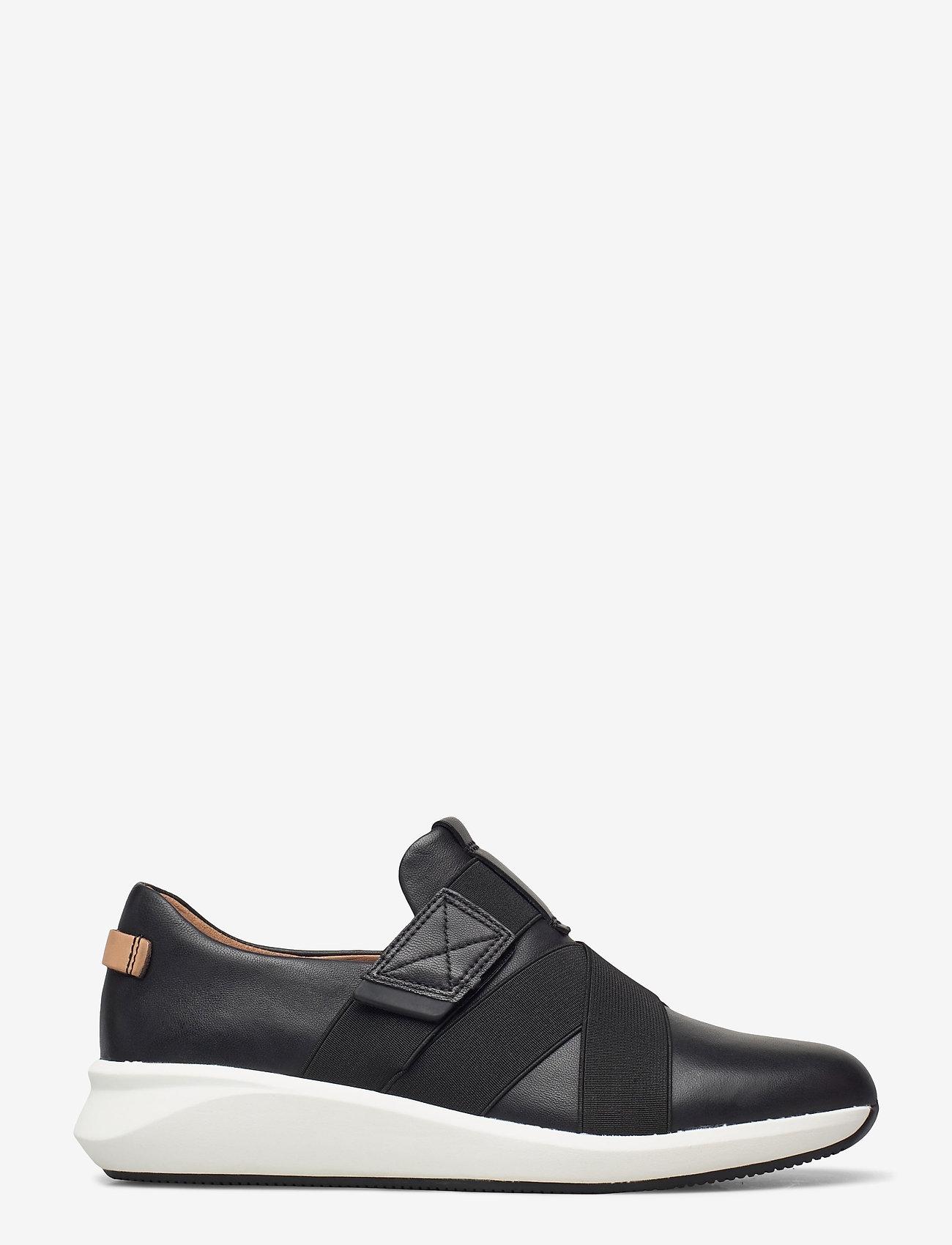 Clarks - Un Rio Strap - slip-on sneakers - black leather - 1
