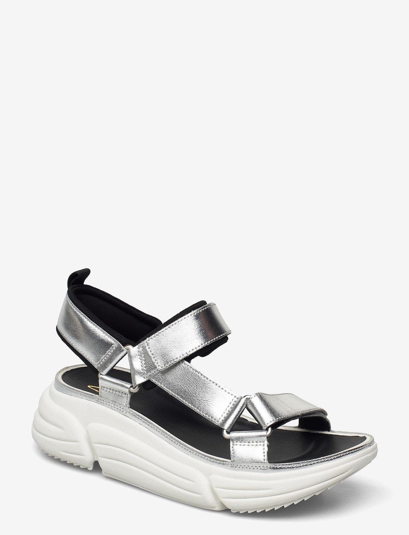 Clarks - TriComet Go - platta sandaler - silver metallic - 0