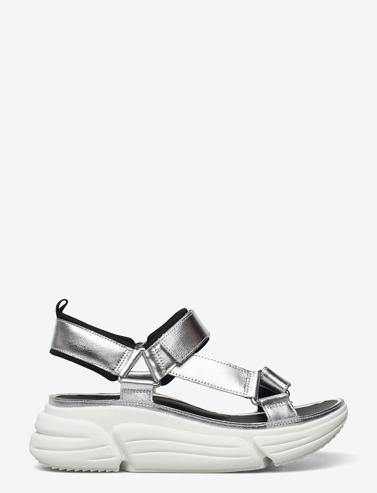 Clarks - TriComet Go - platta sandaler - silver metallic - 1