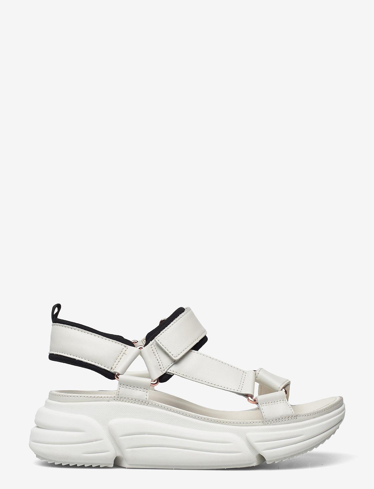 Clarks - TriComet Go - platta sandaler - white leather - 1