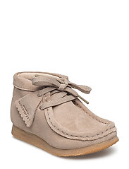 Wallabee Bt.. - SAND SUEDE