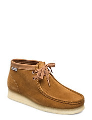 Wallabee Boot. - BROWN COMBI SDE