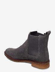 Clarks - Clarkdale Arlo - chelsea boots - grey suede - 2